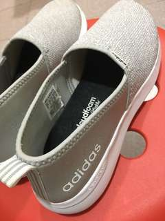 Adidas cloudfoam lite slip on white grey
