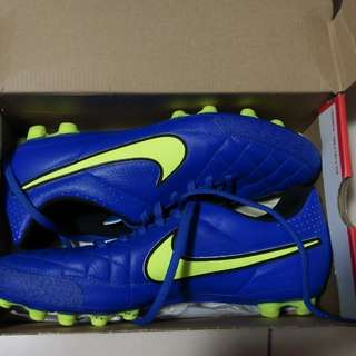 Nike 波boot 膠釘 只著過一次 極新