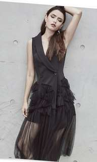 Runway Black Midi Blazer Dress (office/party)