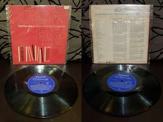 Vinyl LP antique old songs piring hitam