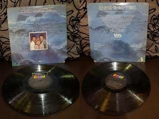 Vinyl LP antique old songs piring hitam