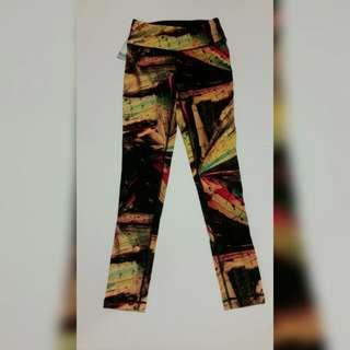BNWT Aritzia Parklife Leggings Size Xxs