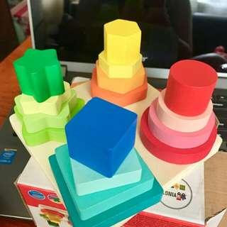 Geometric Four Column