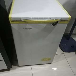 Freezer for Sales, USED FOR BREAST MILK ONLY but you can use it for everything