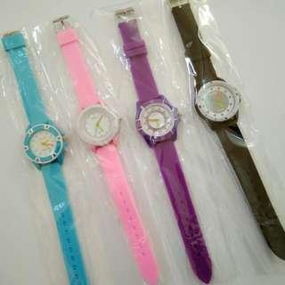 Jam tangan wanita rubber