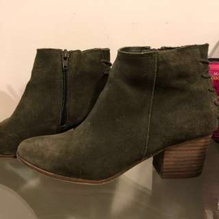 Aldo Green Suede Boots - Size 8