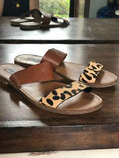 Steve Madden double band sandals