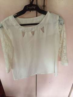 Long sleeves white top