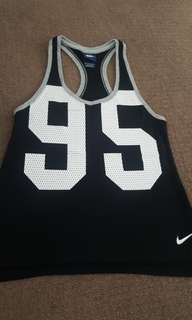Womens Nike Top XS 6 8 as new