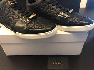(P) Authentic Versace Sneakers 👟 Versace Fashion Shoe  👞 Versace Leather Shoe