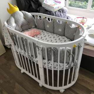 Selling a baby cot