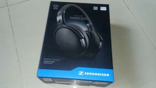 Brand new in box Sennheiser HD 4.40BT Wireless