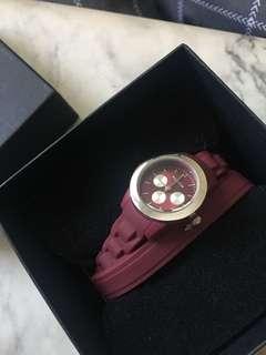 Pilgrim Maroon Watch