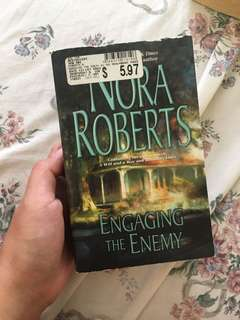Nora Roberts Engaging the Enemy