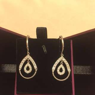 簡單鑽石耳環