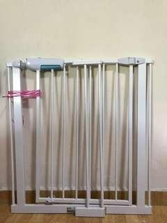 ChildStar Baby Safety Gate + 14cm Extension