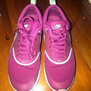 Authentic women's air max thea's