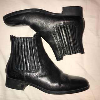 Zara Boots size 37