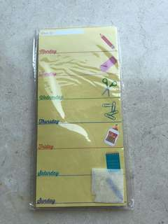 New: note paper with magnet at back