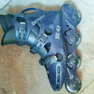 OXYGEN BRAND ROLLER SKATE