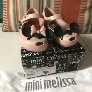 Mini Melissa Disney Ultragirl Size 7