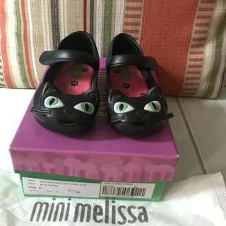 Mini Melissa Ultragirl Cat Size 6