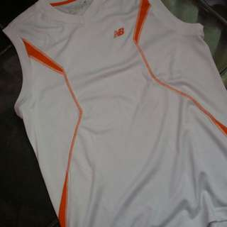 Baju Basket New Balance