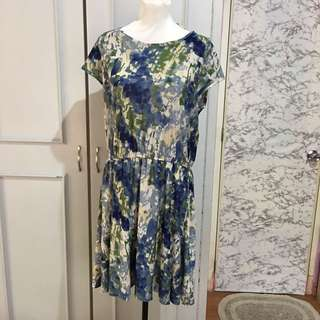 Abstract Dress fits XL