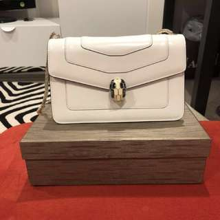BVLGARI bag purchased in Hong Kong  , selling for cheaper price 1000$ up , still in Box and never use , contact me  for more details ,lost the receipt make an offer as u can
