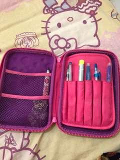 Smiggle pensil box