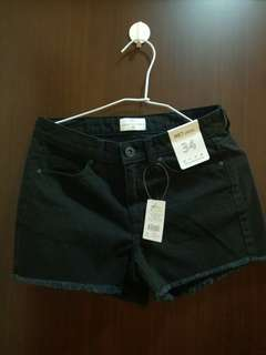 NET黑色短褲