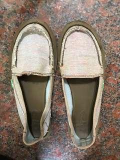 🚚 SAUNK 平底鞋 24.5/39 包鞋
