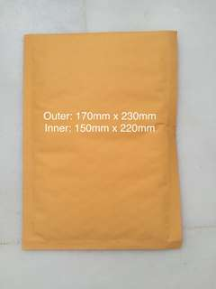 BUBBLE MAILERS / KRAFT POSTAGE MAILERS / ENVELOPE MAILERS