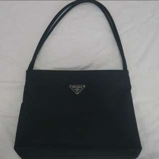 wts aunthentic prada bag