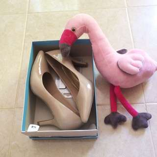 Payless Comfort Plus nude shoes
