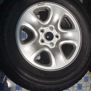 SUV spare tire