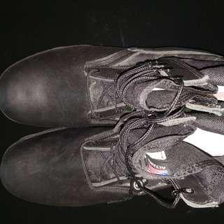 Altama boots Saf