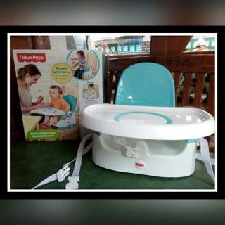 Deluxe Quick-Clean Portable Booster FISHER- PRICE