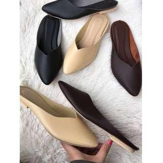 Mules half shoes v cut design Item code: c2004 (2)