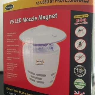 V5 LED Mozzie Magnet