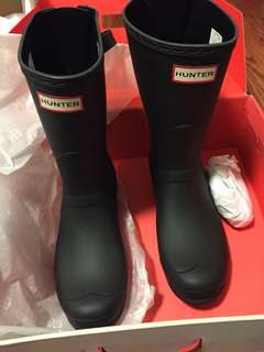 Hunter Short Adjustable Rainboots (size 10)