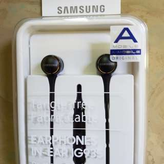 Authenric Samsung Earphones In-Ear IG935. Brand New. Still Sealed In Box