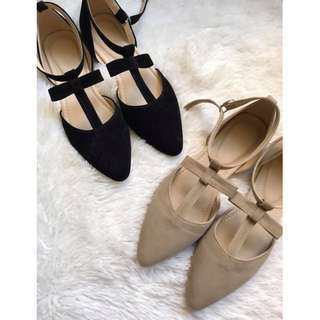 Half shoes  pointed with ribbon Item code: c2018