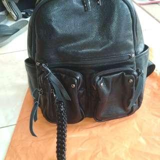 Back pack kulit