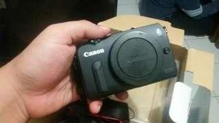 Mirrorless canon eos m kit