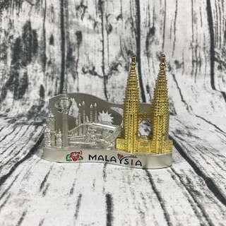 🚚 馬來西亞購回雙子星塔錫製名片收納座