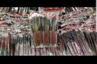 Kabuki Brush Red/Black ‼️FREE NORMAL MAIL‼️