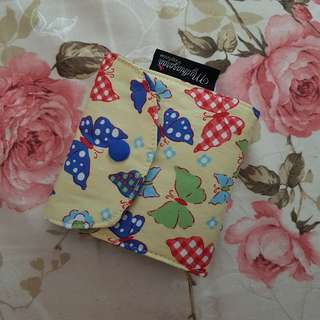 HIJAB PIN TRAVEL POUCH - BUTTERFLY