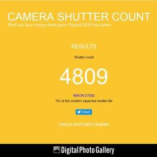 Nikon D7000 + MD-B11