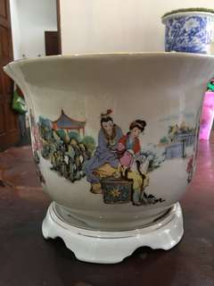 Chinese vase a pair